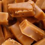 Jak zbudowane są oblewarki do czekolady?